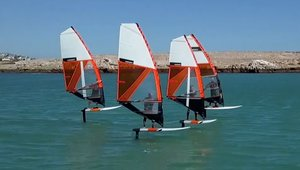 COMPACT WINDFOILING
