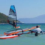 Praca dla instruktorów windsurfingu i kitesurfingu