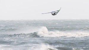 Windsurfing Storm Brian